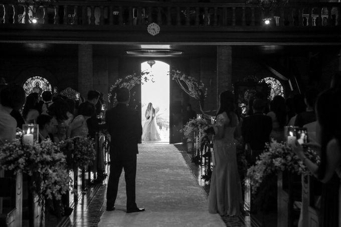 Aldrin & Mausy - Wedding by Bogs Ignacio Signature Gallery - 033
