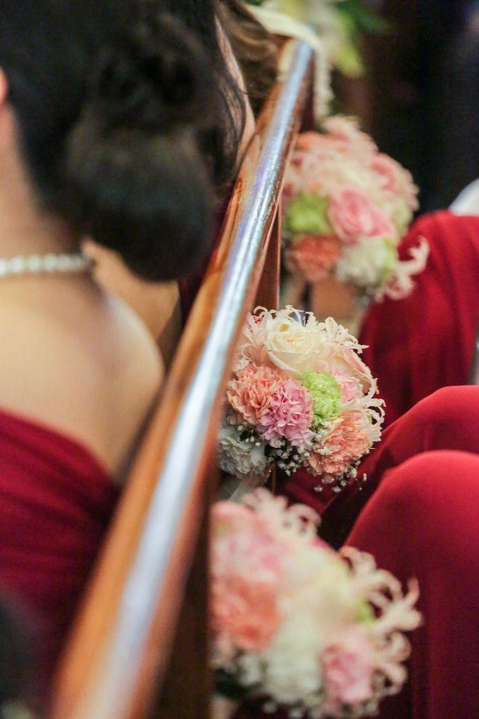 Erman & Mitch - Wedding by Bogs Ignacio Signature Gallery - 037