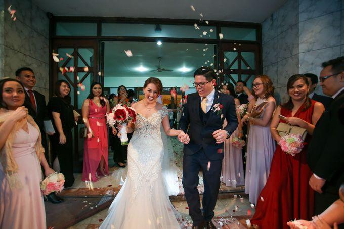 Erman & Mitch - Wedding by Bogs Ignacio Signature Gallery - 045