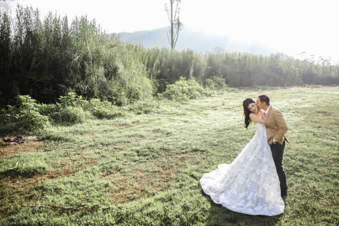 Prewedding by Pictura Photography - 002