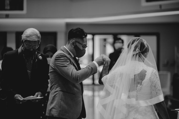 the wedding story of Novrita & Windy by Bondan Photoworks - 008
