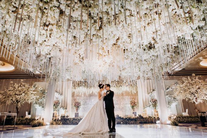 The Wedding of Andri & Mega  by Bonzai Decoration - 001