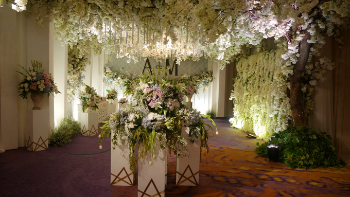 The Wedding of Andri & Mega  by Bonzai Decoration - 012