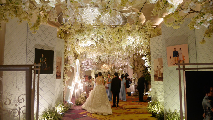 The Wedding of Andri & Mega  by Bonzai Decoration - 016