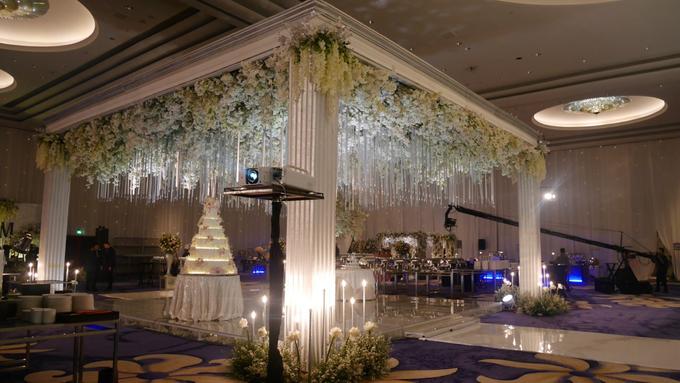 The Wedding of Andri & Mega  by Bonzai Decoration - 020