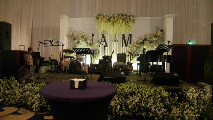 The Wedding of Andri & Mega  by Bonzai Decoration - 021