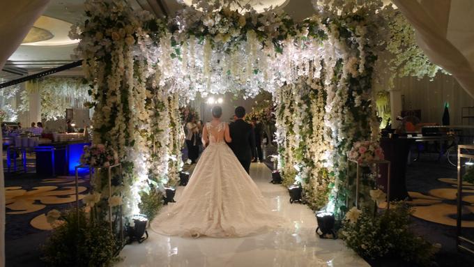 The Wedding of Andri & Mega  by Bonzai Decoration - 025
