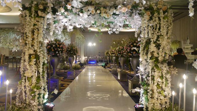 The Wedding of Andri & Mega  by Bonzai Decoration - 026