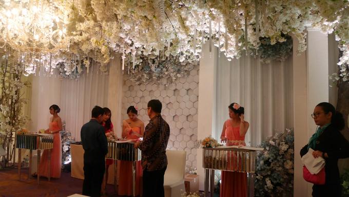 The Wedding of Andri & Mega  by Bonzai Decoration - 027