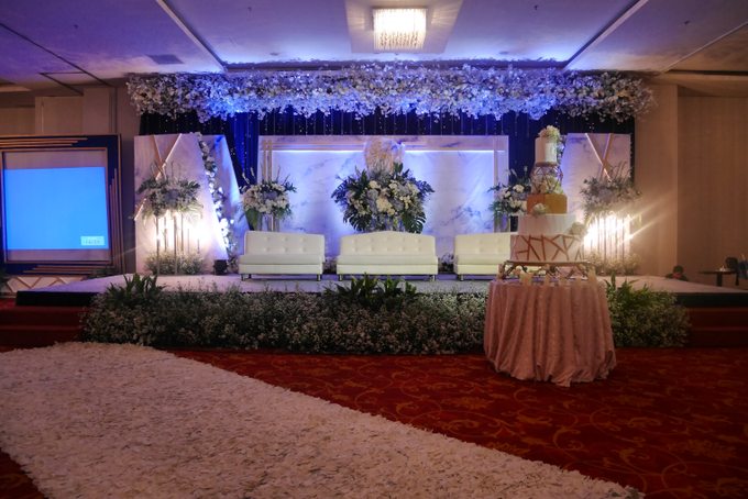 Blue Ice ambiance for Elegant Decor by Bonzai Decoration - 001