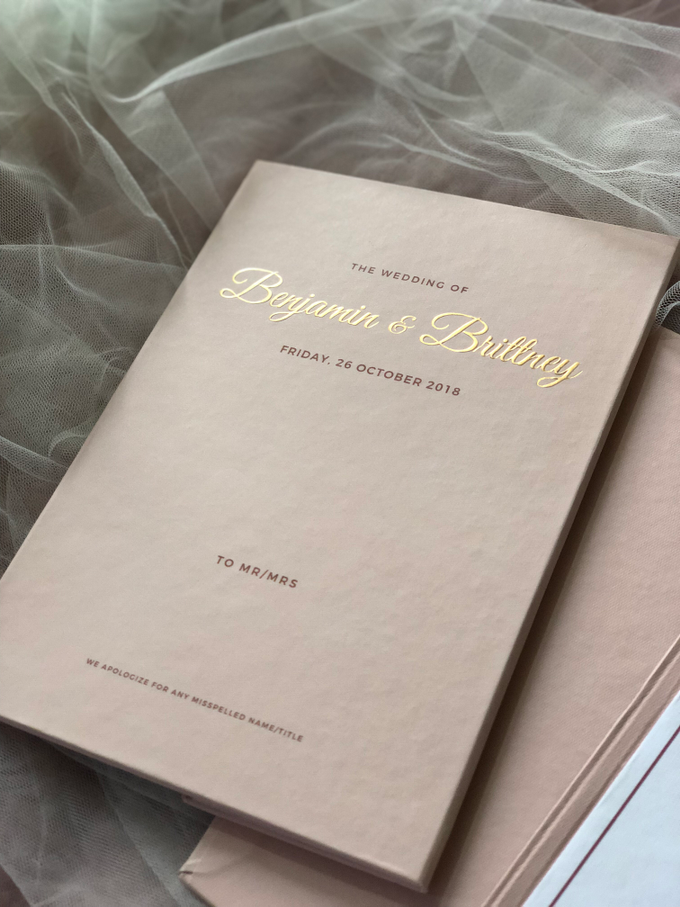 Benjamin & Brittney wedding invitation by Book.Idea - 003