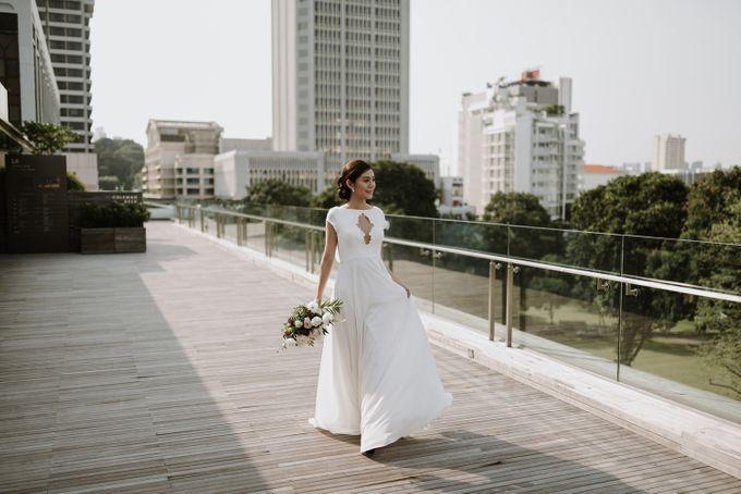 Modern Eclectic 1 by Everitt Weddings - 010