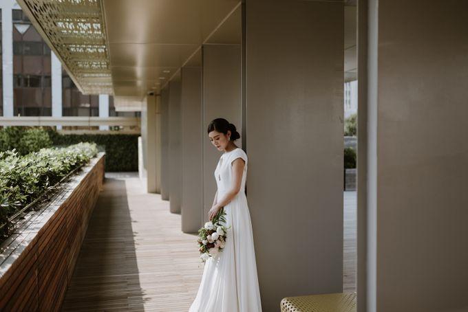 Modern Eclectic 1 by Everitt Weddings - 011