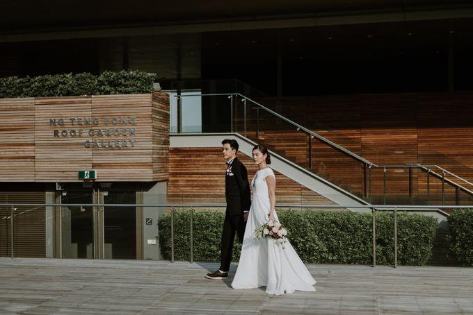 Modern Eclectic 1 by Everitt Weddings - 040