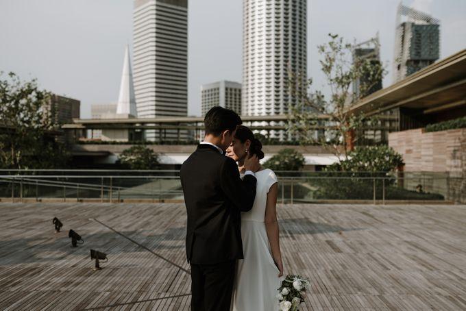 Modern Eclectic 1 by Everitt Weddings - 042