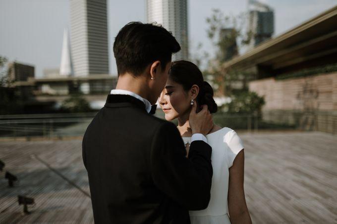 Modern Eclectic 1 by Everitt Weddings - 043