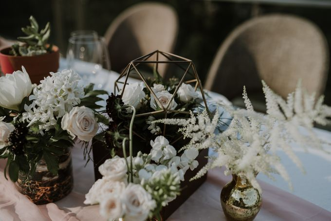 Modern Eclectic 2 by Everitt Weddings - 009
