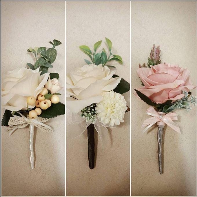 Boutonniere & Corsage by La Belle Vie flower - 005