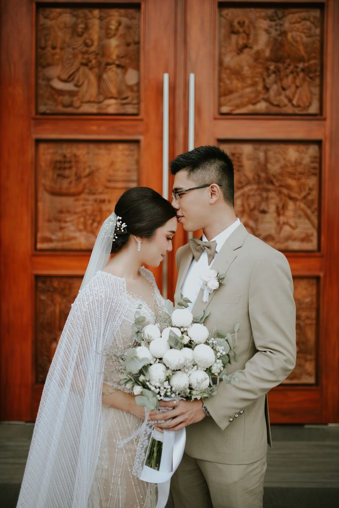 The Royal Wedding Emily & Gandy at Menara Peninsula by Warna Project - 007