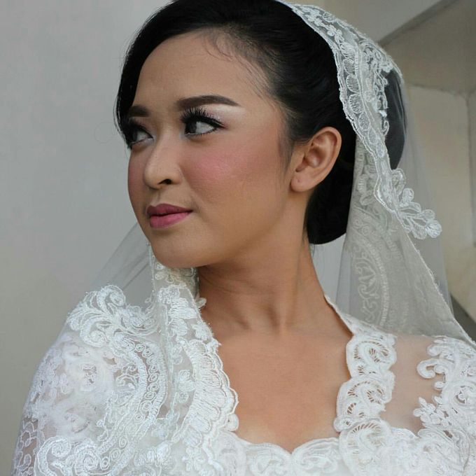 Acara Akad Nikah Dan Resepsi Pernikahan Gema Agil by Catalina Flora - 008