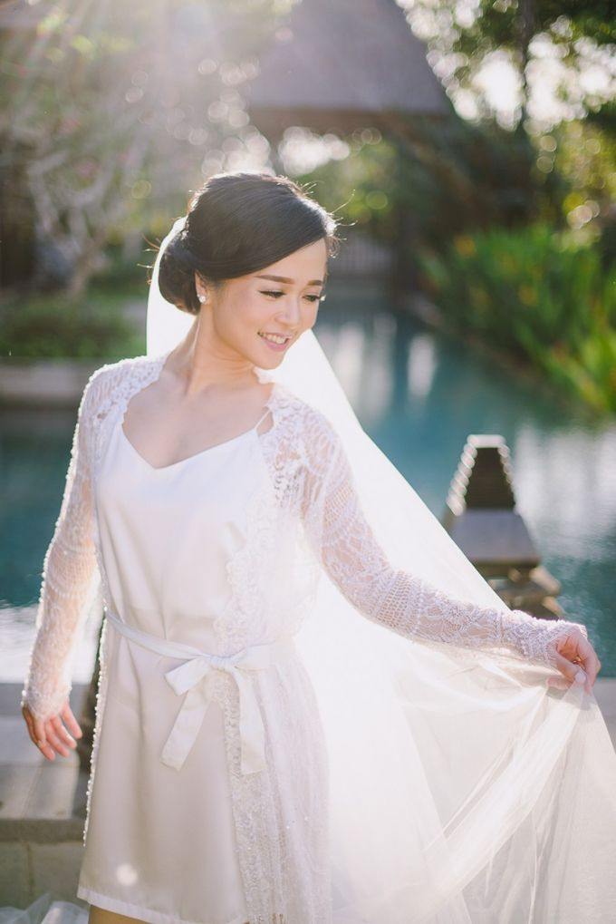 THE WEDDING OF ANDRES & REGINA - Morning Bridal Beauty Shoots by Gusde Photography - 002