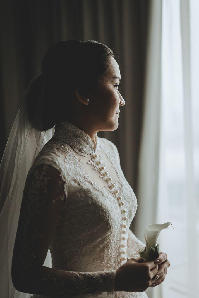 Bram & Tiany Wedding Day by One Heart Wedding - 037