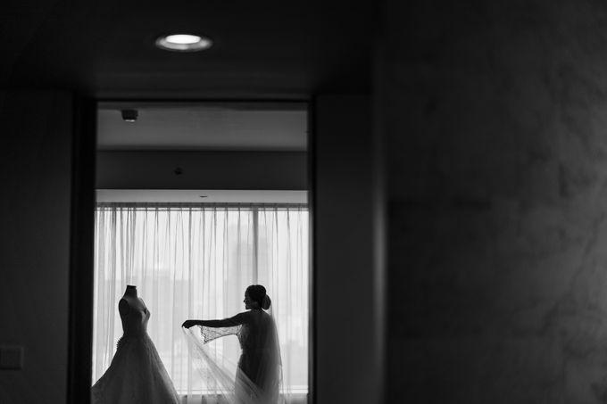 Bram & Tiany Wedding Day by One Heart Wedding - 022