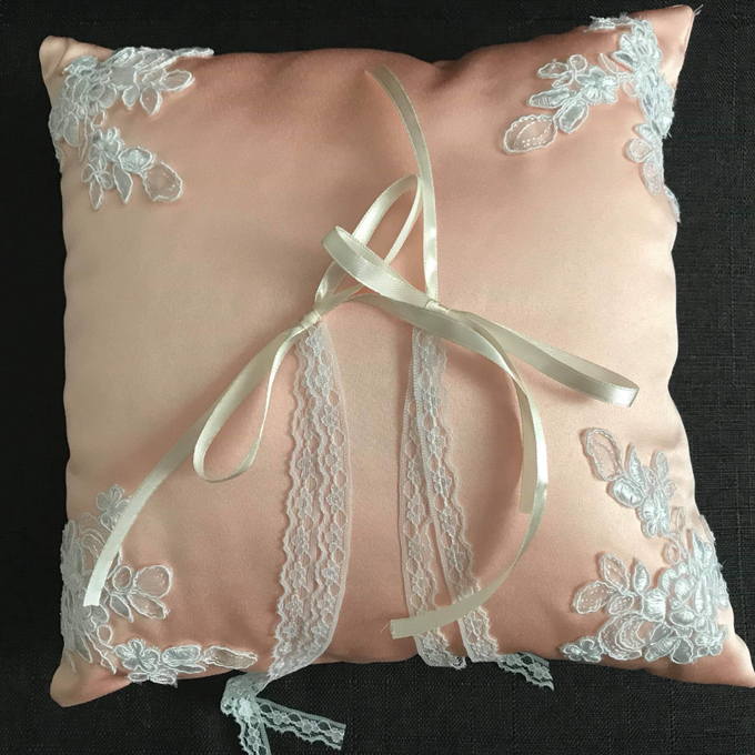 Pastel Wedding Pillows by La Bella - 004