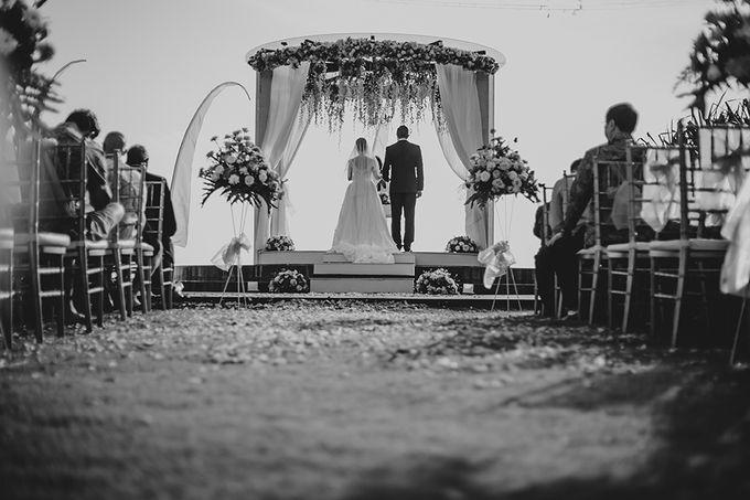Wedding of Olivia & Brett by Nika di Bali - 011