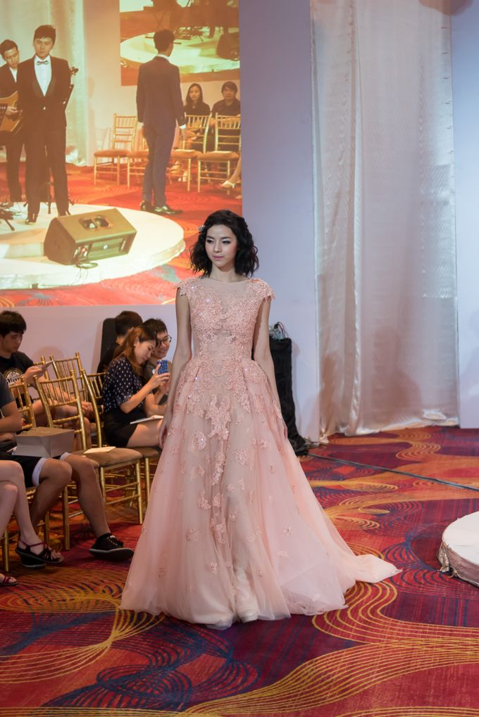 Bridal Gown Fashion Show At Mandarin Orchard Singapore by La Belle Couture Weddings Pte Ltd - 007