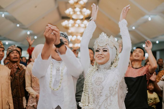 Risma and Ikhsan Wedding Candid by Heaven Creative - 010