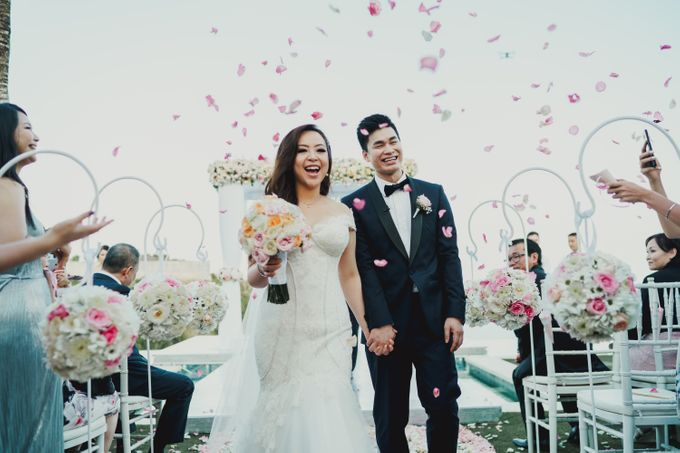 Wedding of Johanna & Michael by Lily Wedding Services - 001