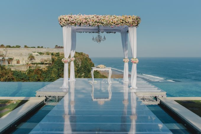 Wedding of Johanna & Michael by Lily Wedding Services - 005