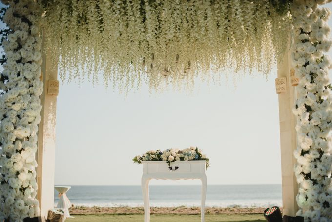 Willy & Ella Wedding at Phalosa Villa by Bali Wedding Planner - 023