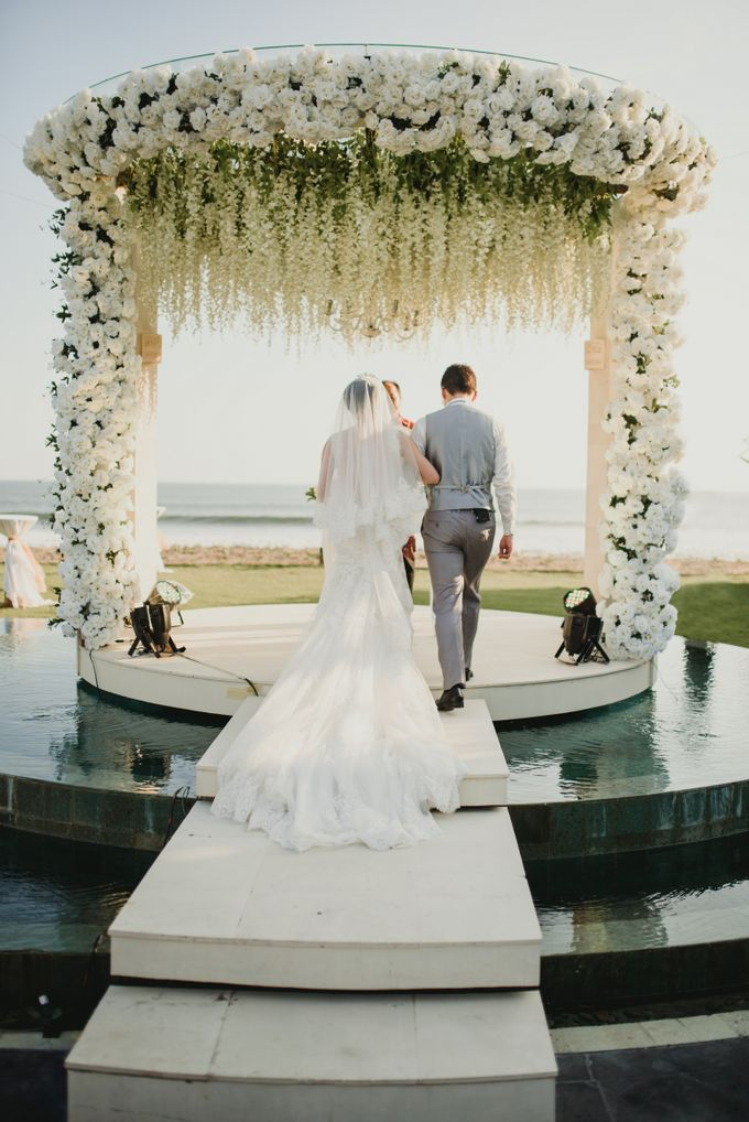 Willy & Ella Wedding at Phalosa Villa by Bali Wedding Planner - 025