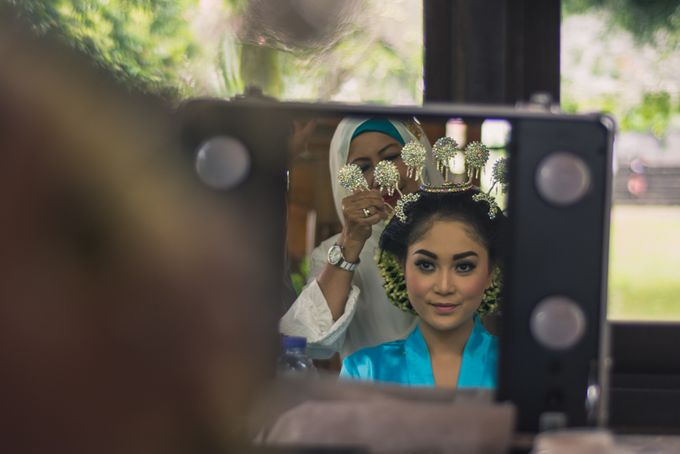 Rustic Theme Outdoor Wedding - Museum Indonesia TMII by AKSA Creative - 004
