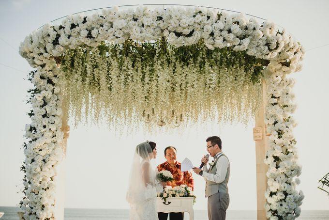 Willy & Ella Wedding at Phalosa Villa by Bali Wedding Planner - 027