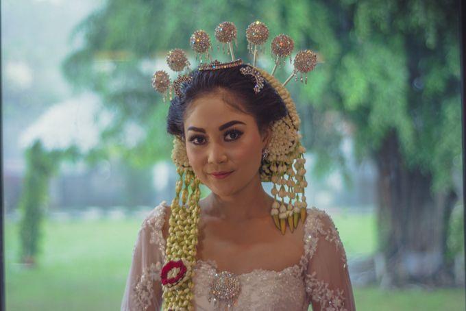 Rustic Theme Outdoor Wedding - Museum Indonesia TMII by AKSA Creative - 006