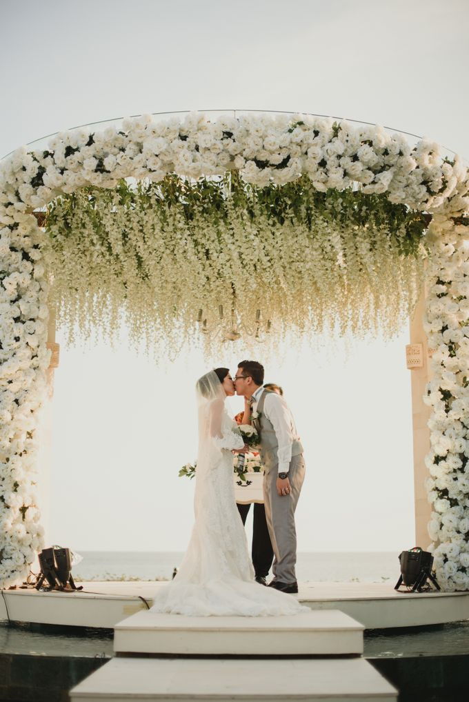 Willy & Ella Wedding at Phalosa Villa by Bali Wedding Planner - 028