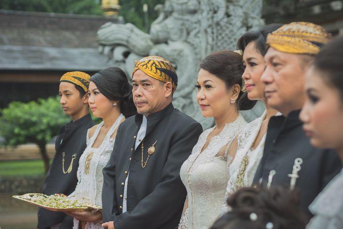 Rustic Theme Outdoor Wedding - Museum Indonesia TMII by AKSA Creative - 013