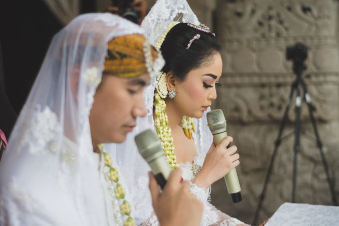 Rustic Theme Outdoor Wedding - Museum Indonesia TMII by AKSA Creative - 019