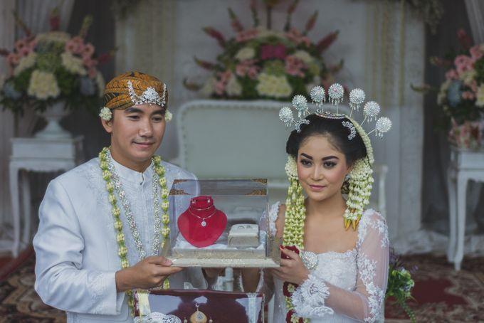 Rustic Theme Outdoor Wedding - Museum Indonesia TMII by AKSA Creative - 023