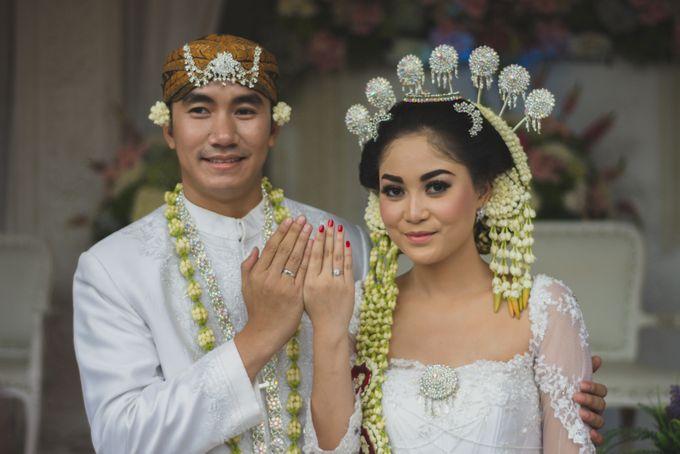 Rustic Theme Outdoor Wedding - Museum Indonesia TMII by AKSA Creative - 027