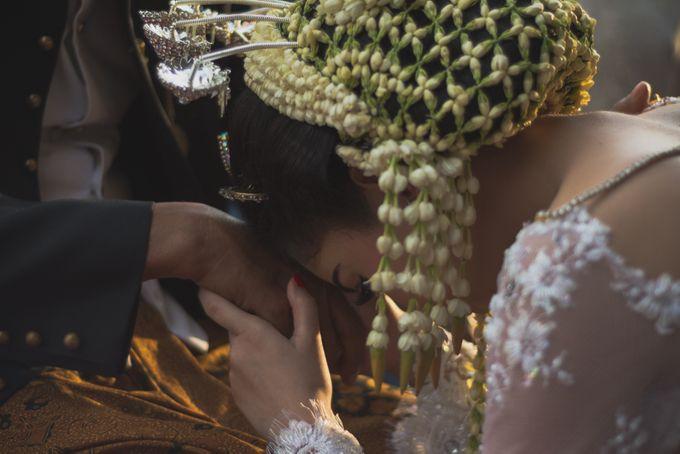 Rustic Theme Outdoor Wedding - Museum Indonesia TMII by AKSA Creative - 034