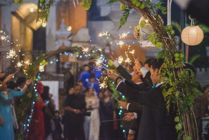Rustic Theme Outdoor Wedding - Museum Indonesia TMII by AKSA Creative - 037