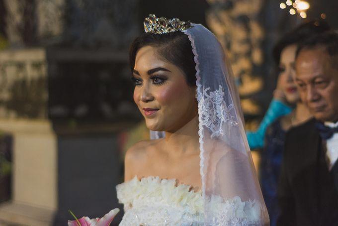 Rustic Theme Outdoor Wedding - Museum Indonesia TMII by AKSA Creative - 038