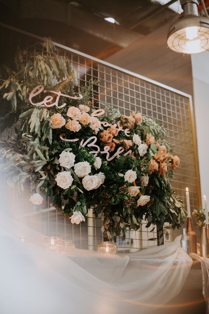 A Romantic Industrial Wedding by The Cat Carousel - 007