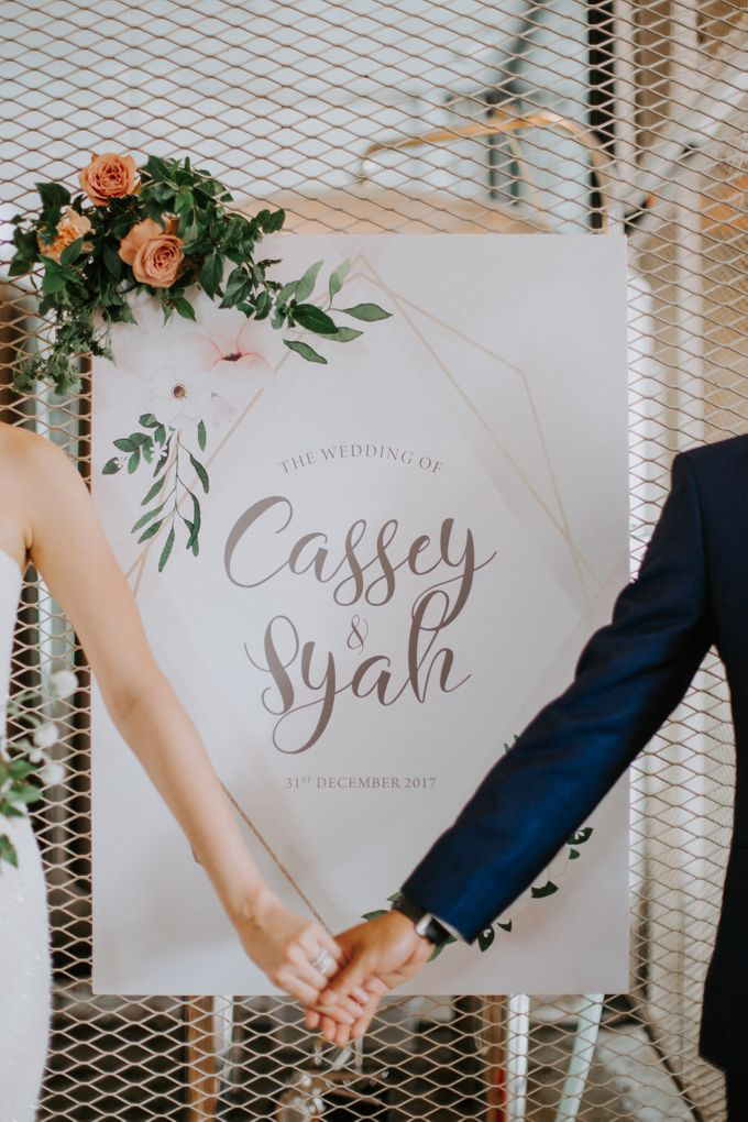 A Romantic Industrial Wedding by The Cat Carousel - 016