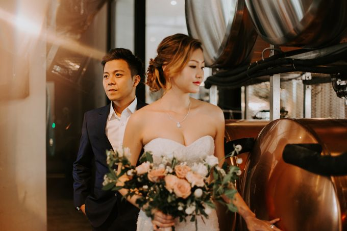 A Romantic Industrial Wedding by The Cat Carousel - 010