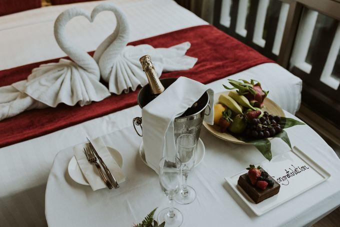 Tropical Wedding Inspirations by TangYong Hair & Makeup - 033
